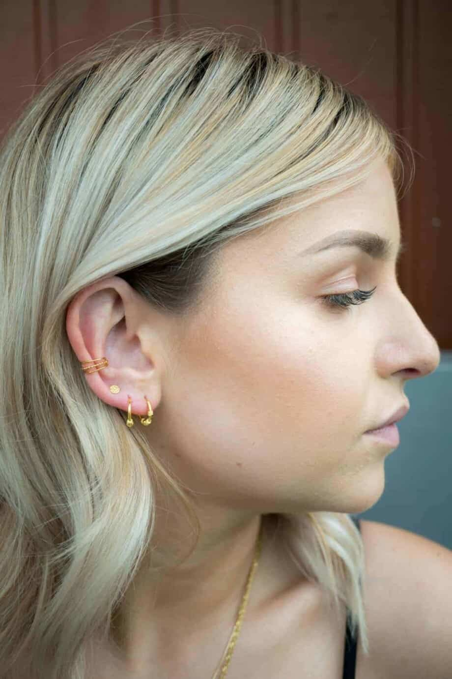 Gouden oorbellen en earcuffs van Goud Vermeil