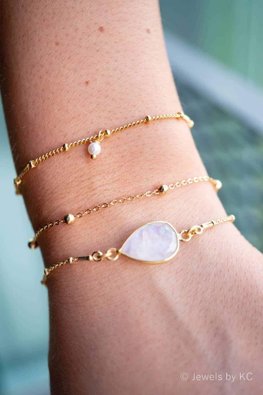 Gouden armband met witte Parels van Goud op Zilver