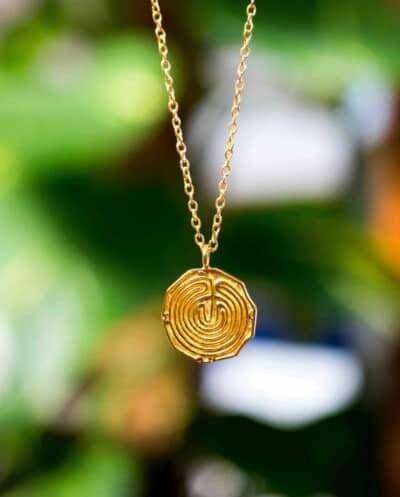 Gouden ketting met hanger 'Maze' od Doolhof