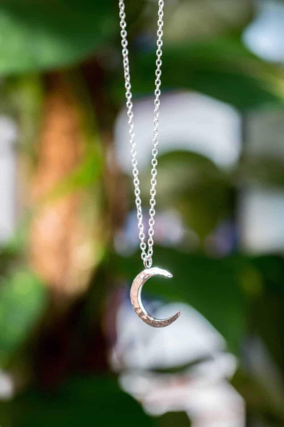 Zilveren ketting met hanger 'Crescent Moon' maan van Sterling Zilver