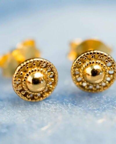 Gouden oorbellen 'Shield'