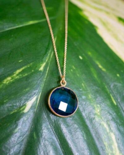 Gouden Ketting met blauwe 'ioliet' edelsteen van Goud op Zilver