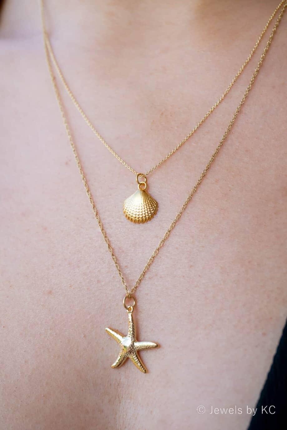 Gouden ketting met hanger Zeester en Gouden ketting met Schelpje