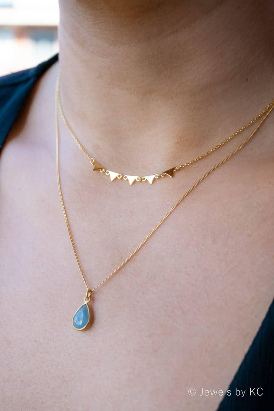 Gouden ketting met edelsteen hanger blauwe 'Aquamarijn' van Goud op Zilver