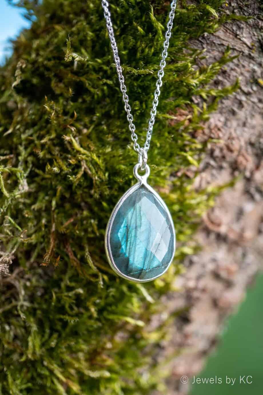 Zilveren edelsteen ketting met blauwe 'Labradoriet' van Sterling Zilver