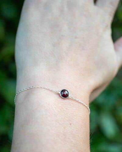 Zilveren edelsteen armband rode Granaat van Sterling Zilver