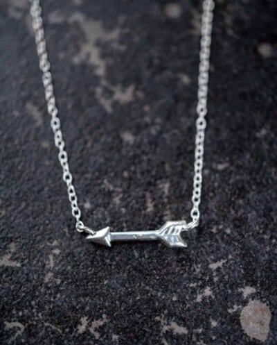 Zilveren Ketting met hanger 'Arrow' van Sterling Zilver