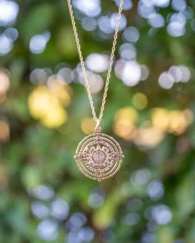 Gouden ketting met hanger 'Azteken Zon' van Goud op Zilver