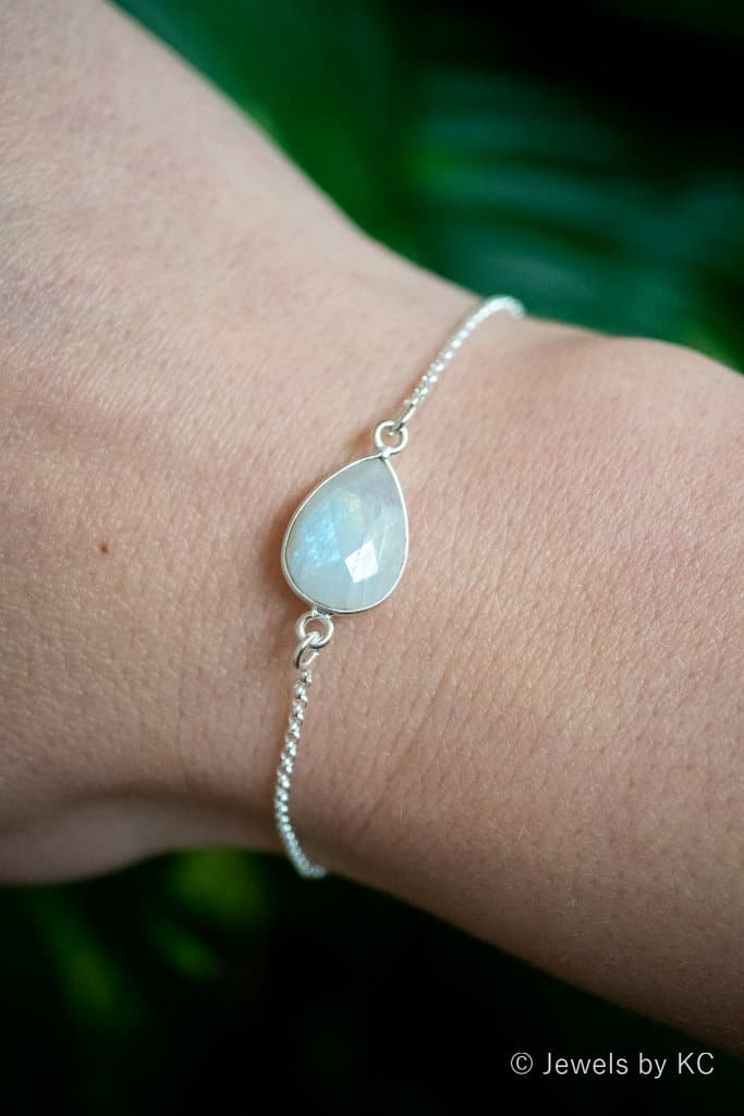 Zilveren edelsteen armband Rainbow Moonstone van Sterling Zilver