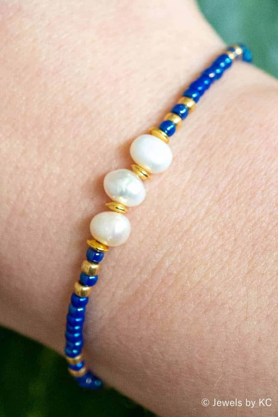Gouden en blauw Miyuki Armbandje 'Purple Blue' met Zoetwater parels
