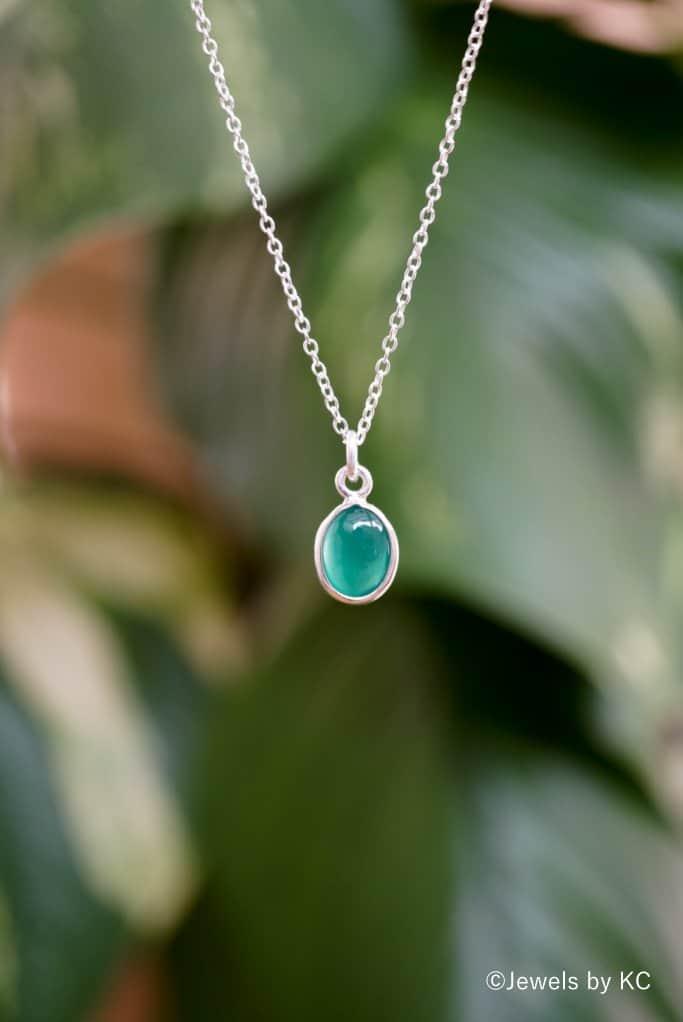 925 Zilveren ketting met groene steen van 'Green Onyx' edelsteen.