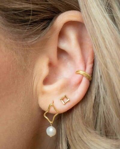 Gouden ear cuff en Gouden oorbellen van Goud op Zilver