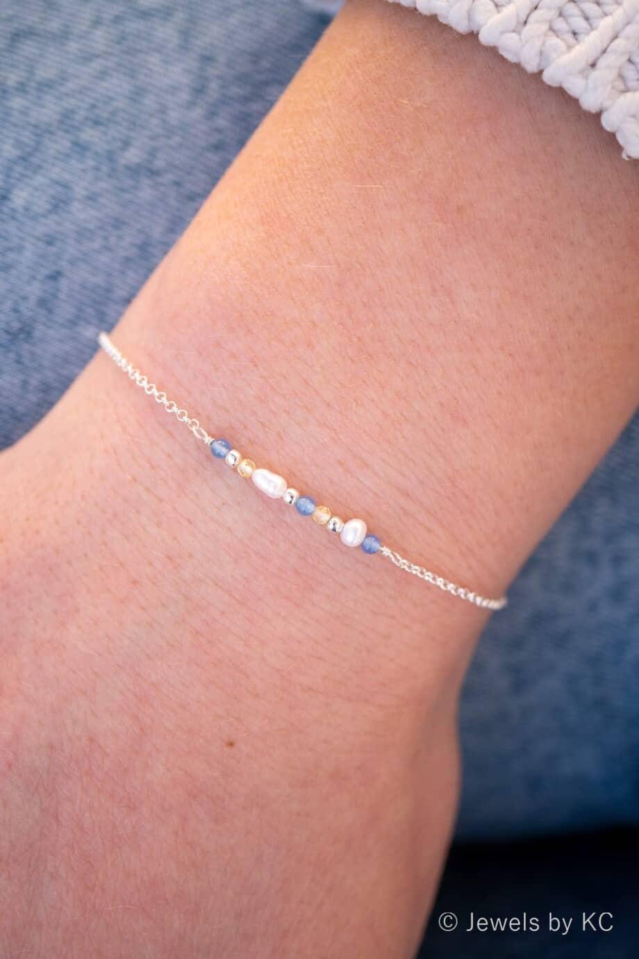 Minimalistisch Zilveren armbandje met Blauwe Jade Edelsteen en gele Citrien edelsteen van Sterling Zilver