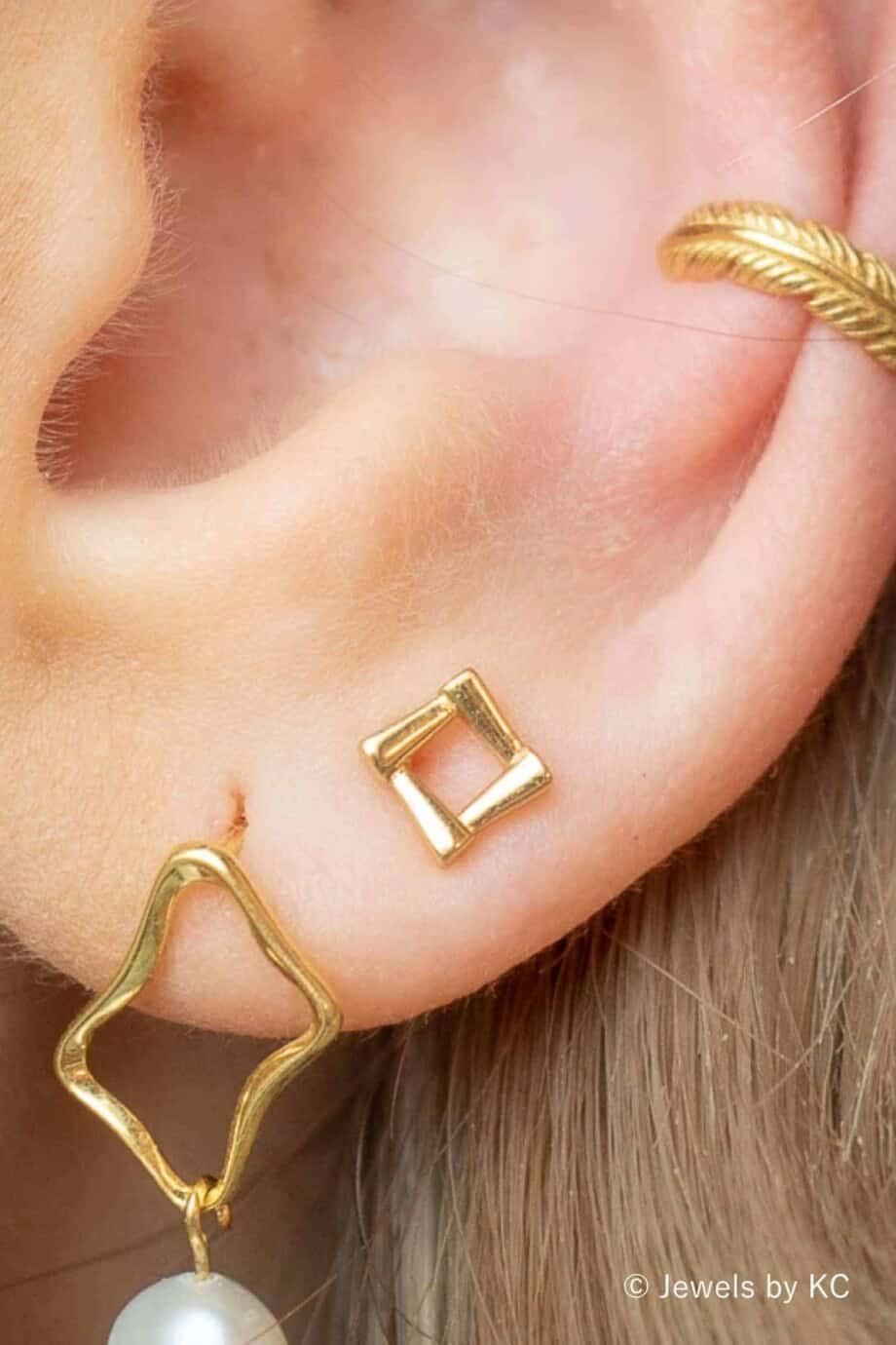 Gouden oorbellen 'Picture frame' van Goud op Zilver