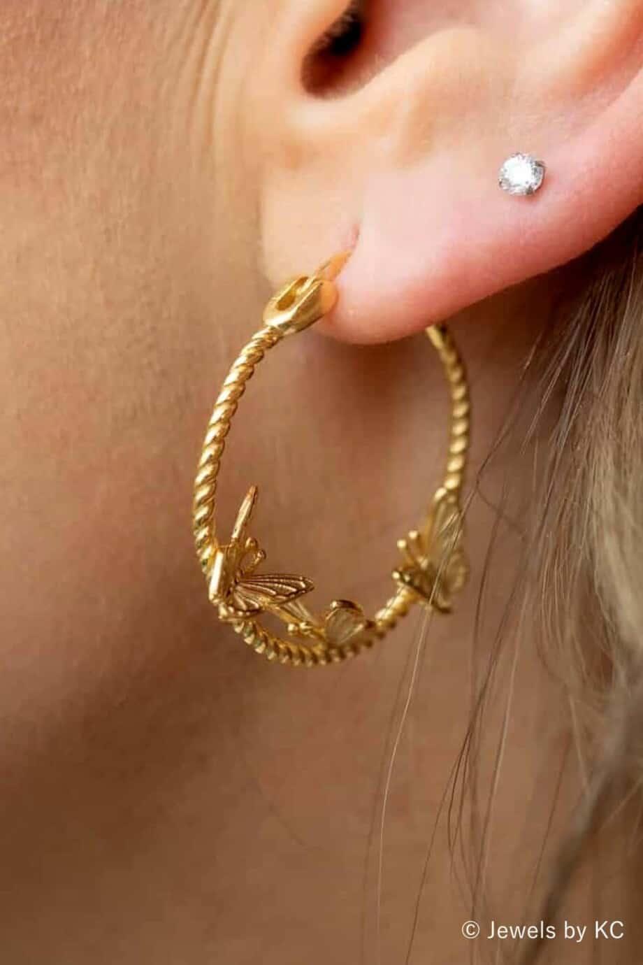Gouden-Vlinder-oorbellen-oorringen-van-Goud-op-Zilver