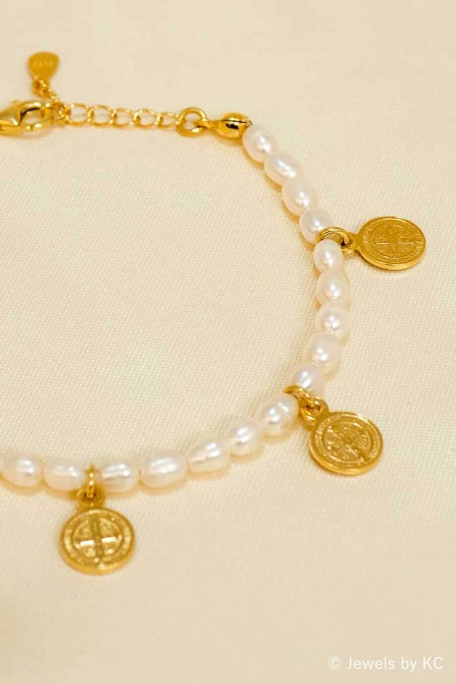 Gouden Zoetwater parel armband met Gouden muntjes van Goud op Zilver