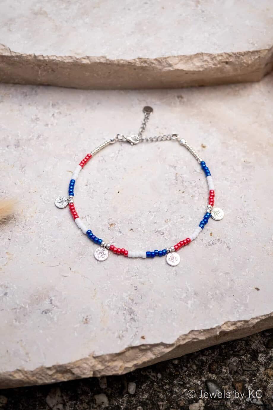 Rood wit blauw enkelbandje Go Holland met zilveren muntjes