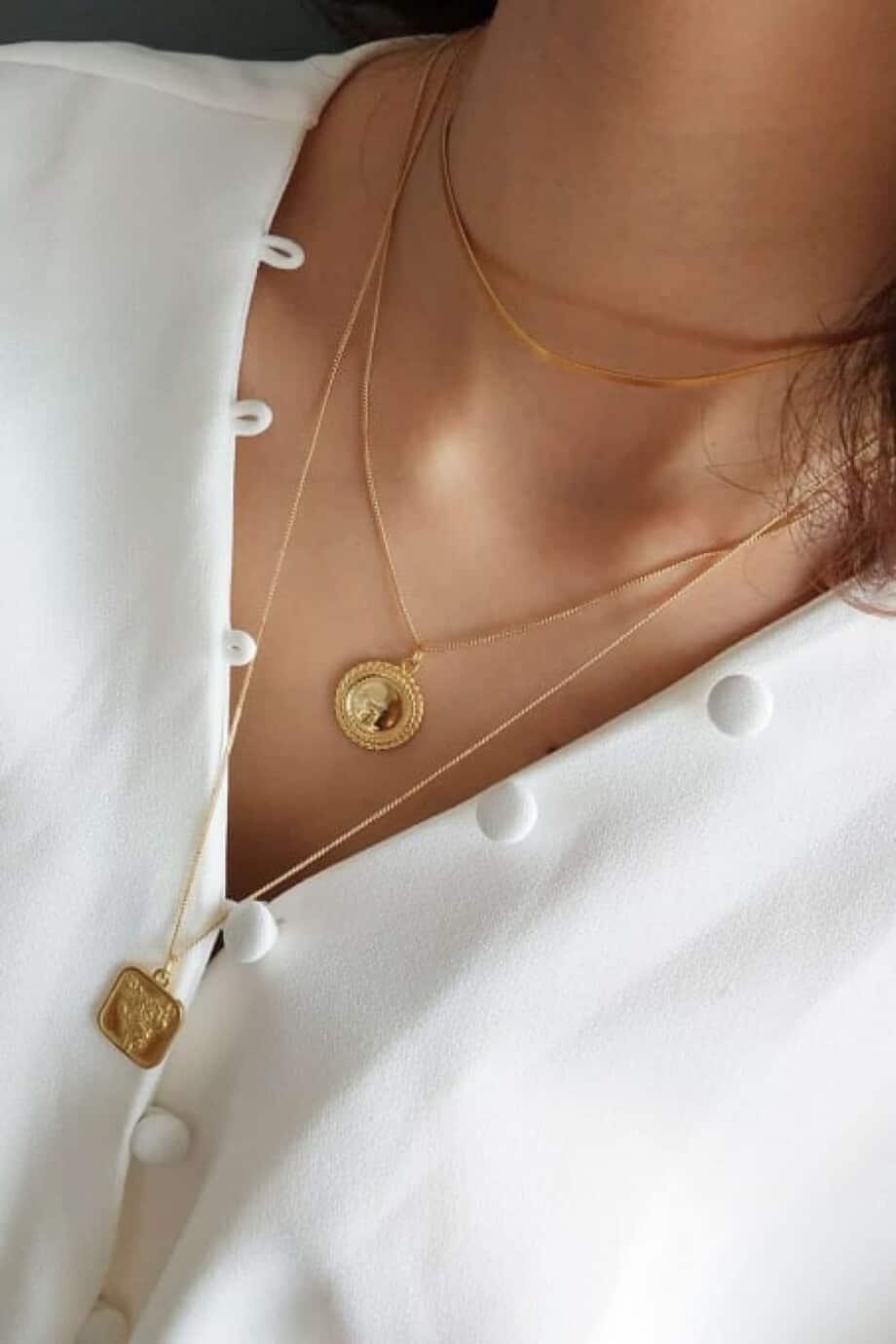 Gouden ketting 'Forever love' bloem amulet van Goud op Zilver