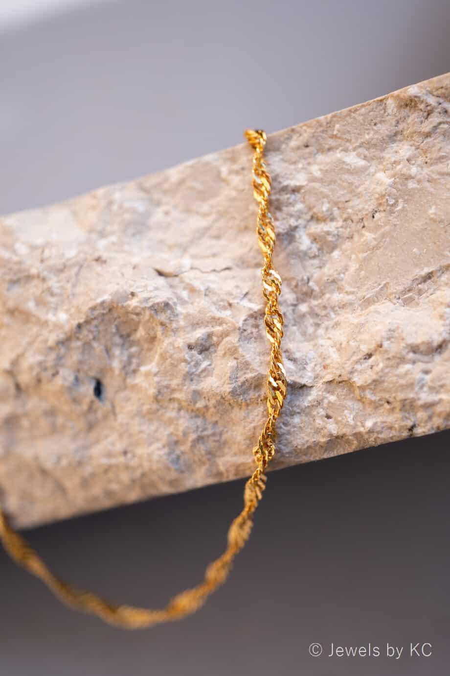Gouden ketting Singapore chain van Goud op Zilver