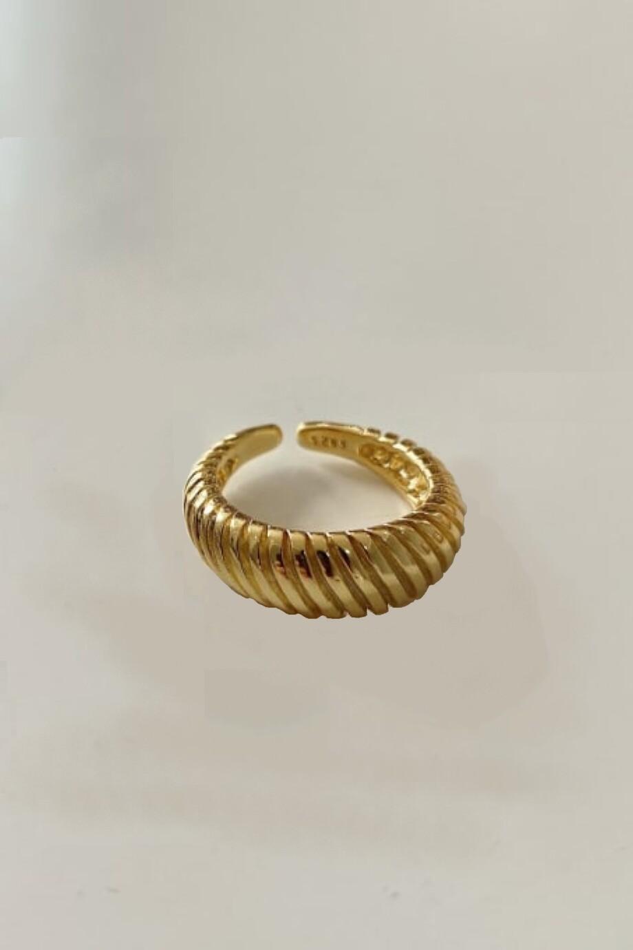 Gouden ring 'Twist' van Goud op Zilver