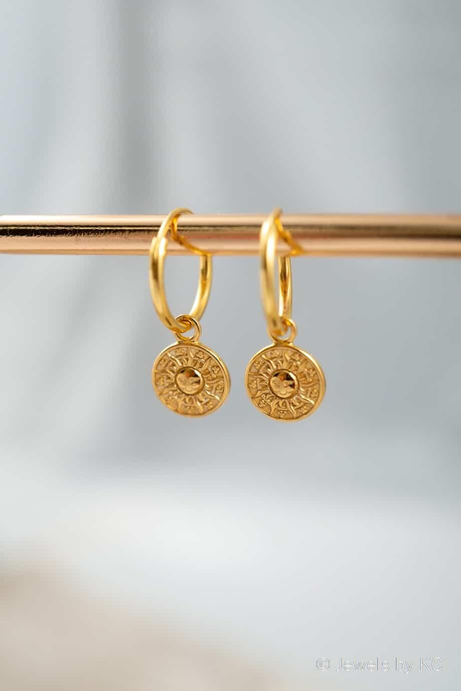 Gouden oorbellen 'Sunny day' van Goud op Zilver