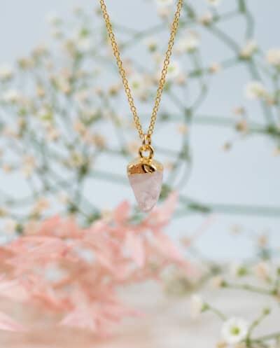Gouden edelsteen ketting Raw Rose Quartz van Goldfilled Roze Rozenkwarts edelsteen