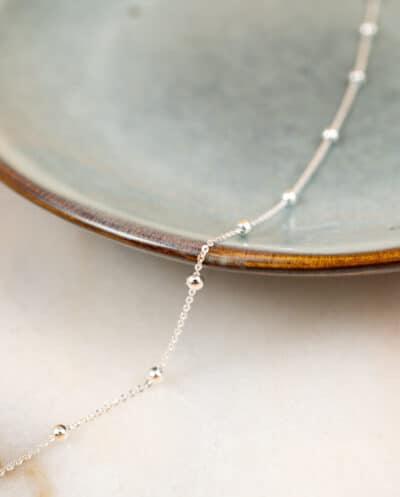Minimalistische Zilveren bolletjes ketting Satellite van Sterling Zilver