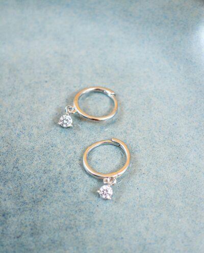 Zilveren oorbellen met Zirkonia van Sterling Zilver